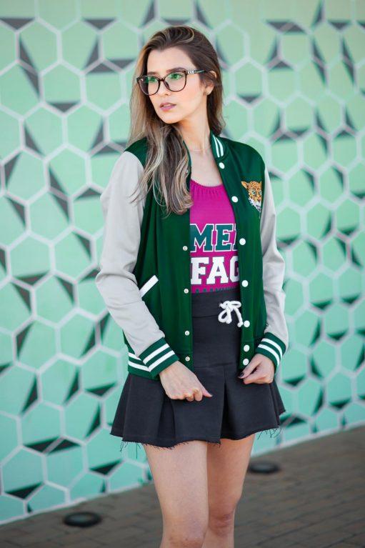 jaqueta acetinada e saia de moletinho personalizada