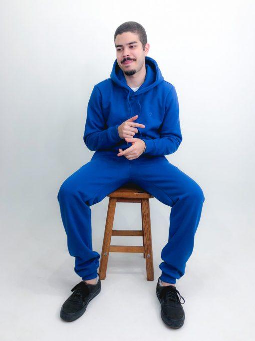 moletom azul índigo