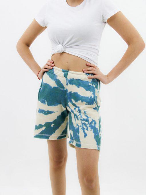 Bermuda Feminina de Moletinho Tie Dye Verde Rajado (3)