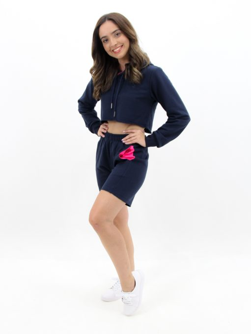 Cropped de Moletinho com Capuz Azul Marinho com Rosa Neon (4)